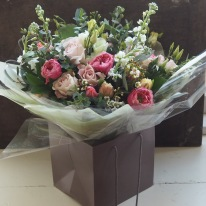 All bouquets over £30 come aqua packed and in a box.